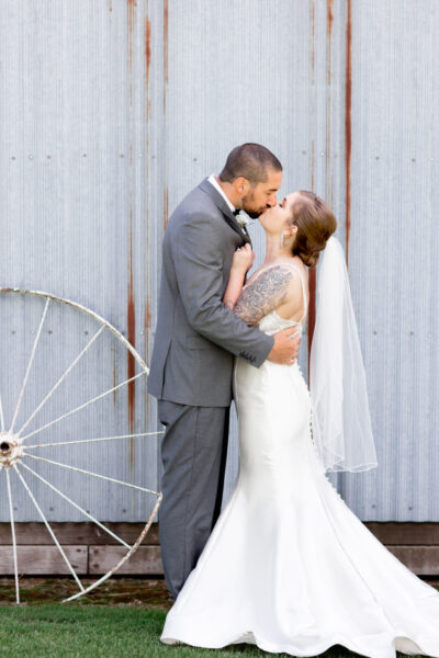 Kirstyn & Isaac – A couple destined for happiness